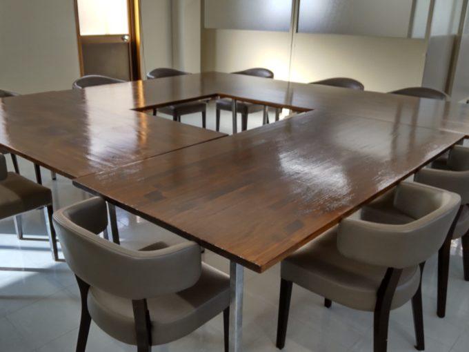 万立 会議室 打ち合わせスペース